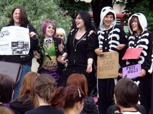 My Chemical Romance Fans Protest