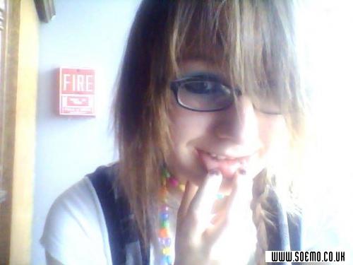 soEMO.co.uk - Emo Kids - AmityJTK4ever - Featured Member