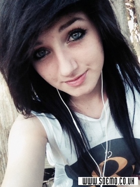 soEMO.co.uk - Emo Kids - Ashleyforever - Featured Member