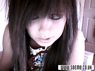 soEmo.co.uk - Emo Kids - Breeface