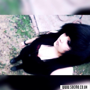 soEmo.co.uk - Emo Kids - Destiny_Quiroz