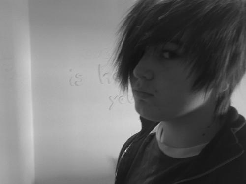 Emo Boys Emo Girls - FrahKannibal_DAP - pic8446