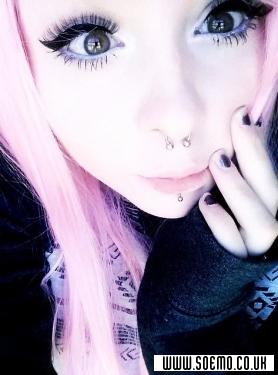 soEMO.co.uk - Emo Kids - GiselleNinjaKitty - Featured Member