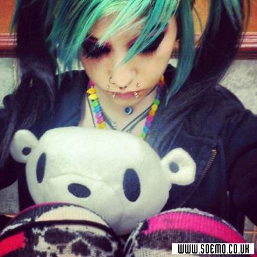 soEmo.co.uk - Emo Kids - Mimi_Morphine