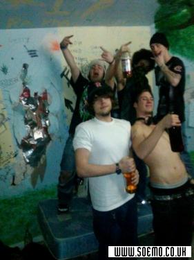 Emo Boys Emo Girls - WillxSkates - pic117420