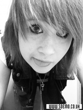 soEMO.co.uk - Emo Kids - XxBloodyXxMarriagexX - Featured Member