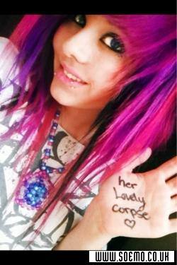 soEMO.co.uk - Emo Kids - XxHollyBearRawrxX - Featured Member