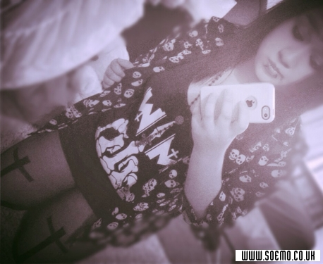 Emo Boys Emo Girls - Xx_HelloKitty_xX - pic173407