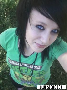 Emo Boys Emo Girls - ZombieGirl_69 - pic84454