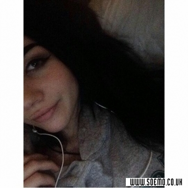 Emo Boys Emo Girls - babygirl_xoxo - pic241233