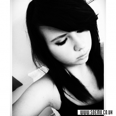 soEMO.co.uk - Emo Kids - band_girl - Featured Member