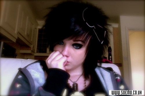 soEMO.co.uk - Emo Kids - black_rose_tearz - Featured Member