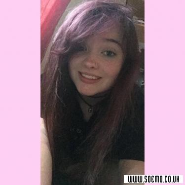 soEmo.co.uk - Emo Kids - DepressedGirl