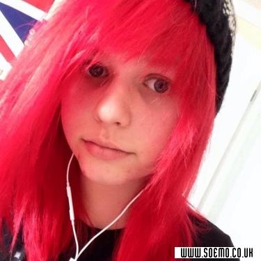 soEmo.co.uk - Emo Kids - Emilybladez