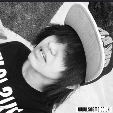 Emo Boys Emo Girls - im-so-dead-inside - pic226223