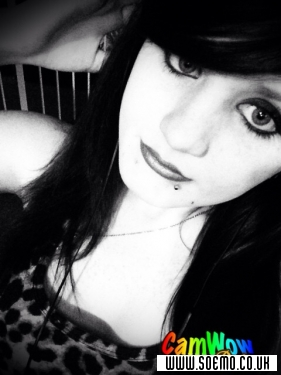 soEMO.co.uk - Emo Kids - KimmieRebekahXO - Featured Member