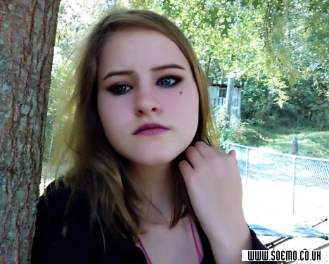 soEMO.co.uk - Emo Kids - NikkiGirl - Featured Member