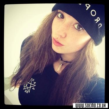 soEmo.co.uk - Emo Kids - Pierce-the-Emma