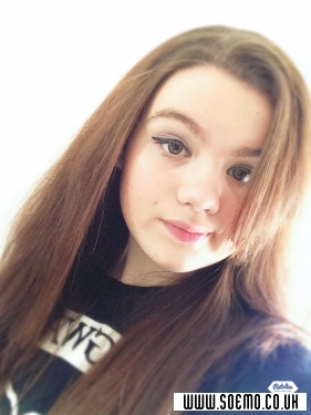 soEMO.co.uk - Emo Kids - thatemobvbgirl - Featured Member