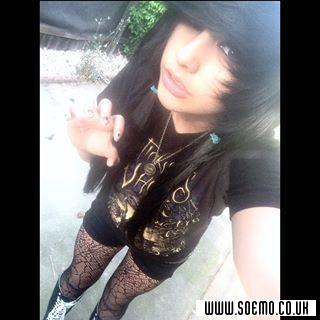 Emo Boys Emo Girls - Xx_marikaxm0nster_xX - pic230419