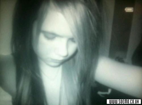 soEmo.co.uk - Emo Kids - xxbroken_heartedxx